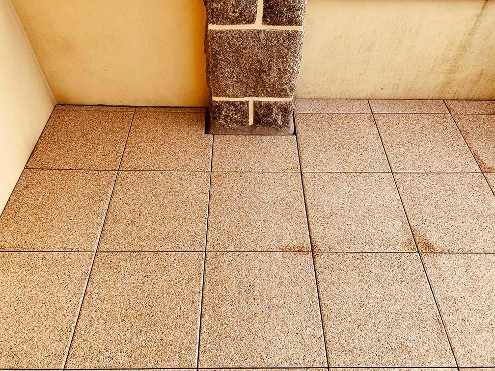 terrasse-dalles-mur-maison